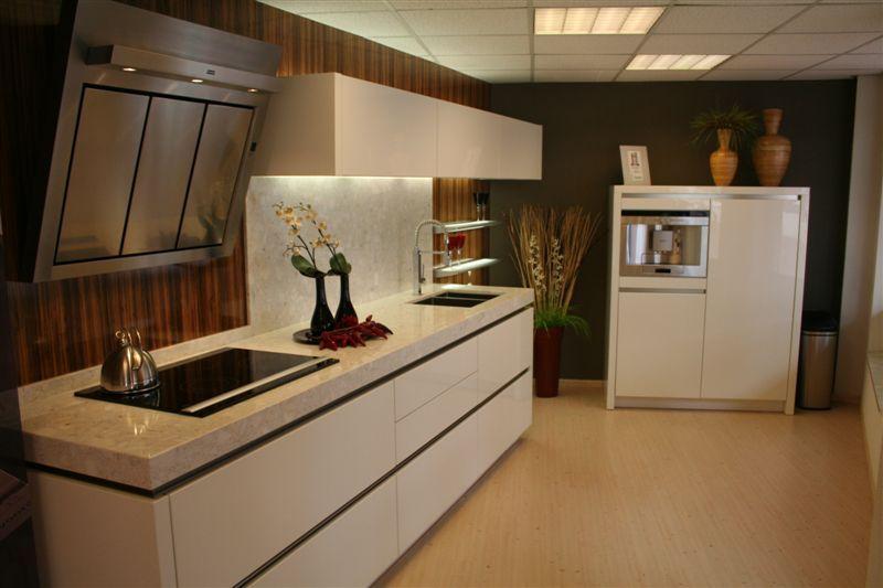 Keuken Hoogglans Wit Greeploos : Altijd de beste keukenprijs! Greeploos hoogglans lak design [23362