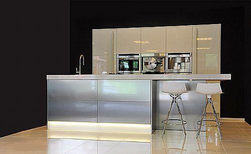 Design Rvs Keukens : Xnovinky com Rvs Keuken Witte