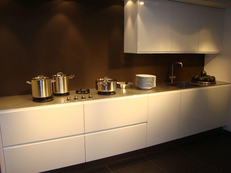 ... de beste keukenprijs! : Rechte keuken inculsief opbergkasten [45524