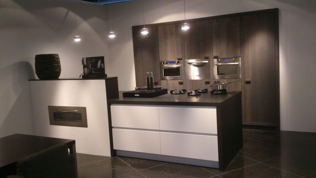 Ruw Eikenhout Keuken : Altijd de beste keukenprijs! Bourgogne + Y-line keuken [49426