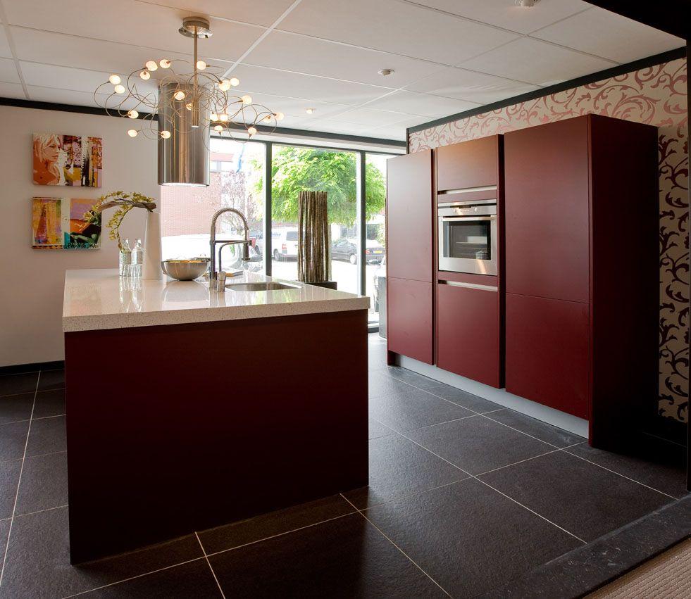 Keukenprijs altijd de beste keukenprijs rode eilandkeuken 41127 - Eiland in de kleine keuken ...