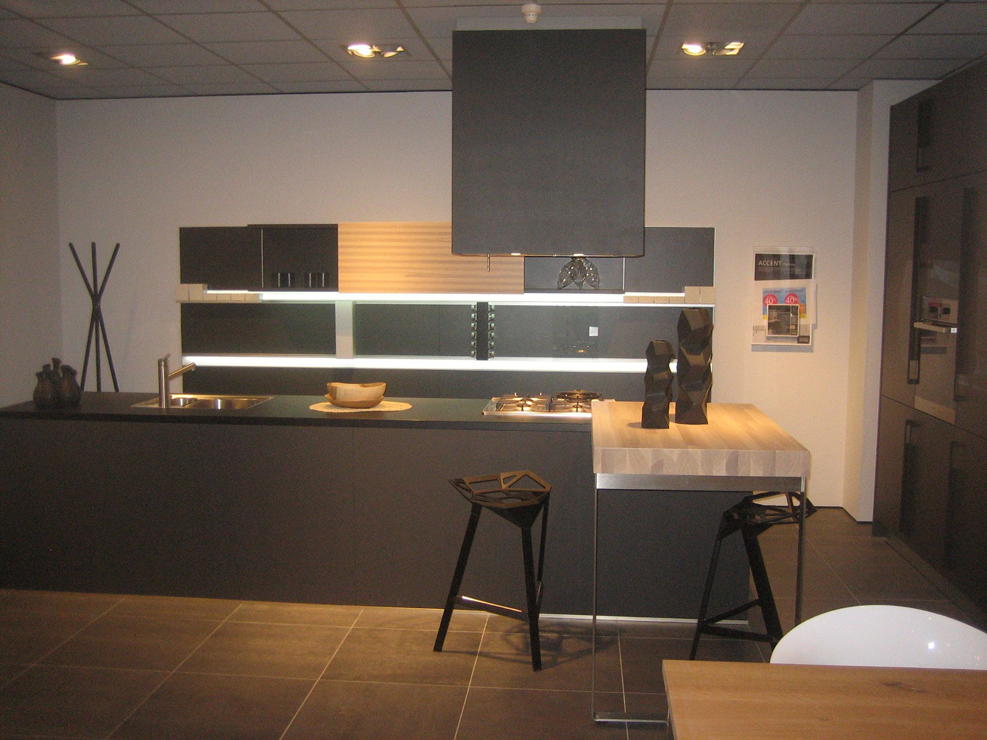Keukenprijs altijd de beste keukenprijs bruynzeel showroomkeuken optima accent 53573 - De beste hedendaagse keukens ...