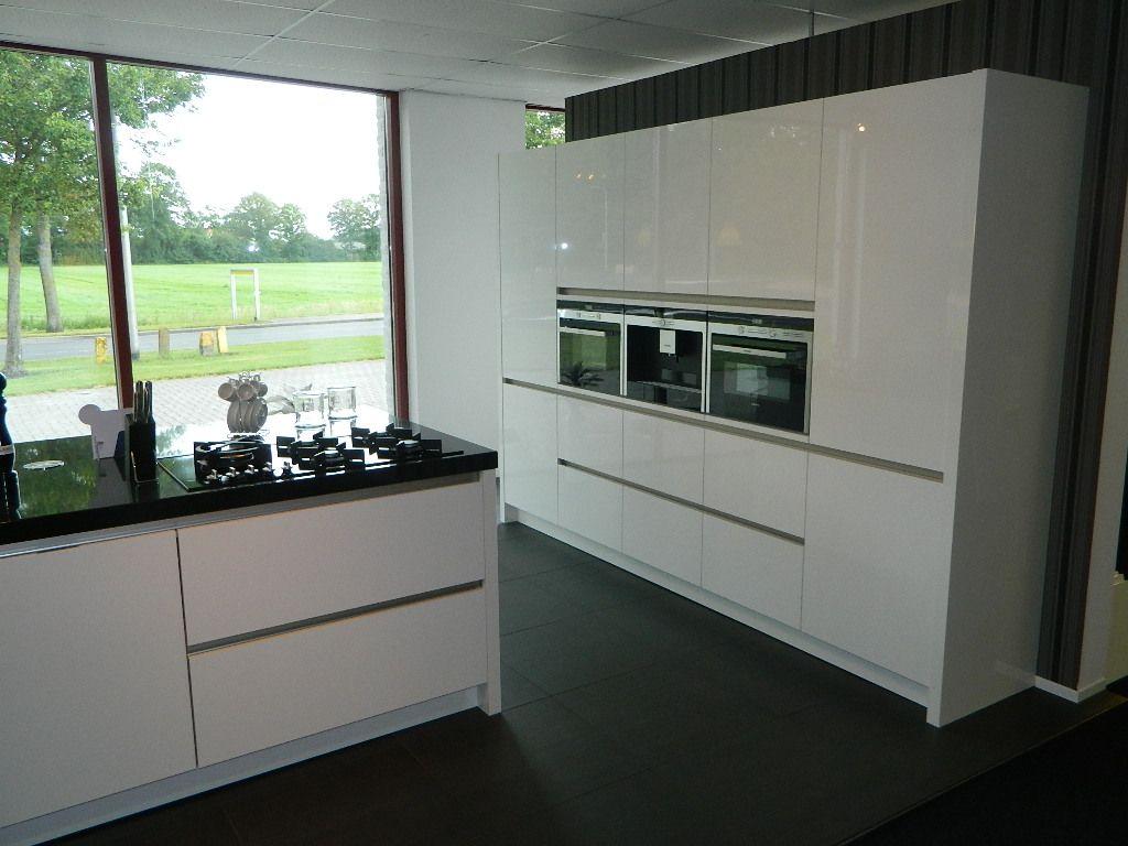Keukenprijs altijd de beste keukenprijs greeploze siemens keuken 52869 - Prijs keuken met kookeiland ...