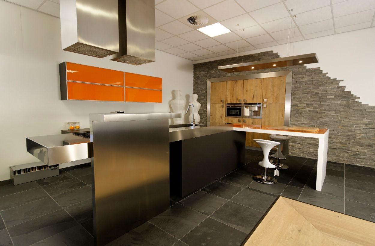 Rvs design keuken beste inspiratie voor interieur design en meubels idee n - De beste hedendaagse keukens ...
