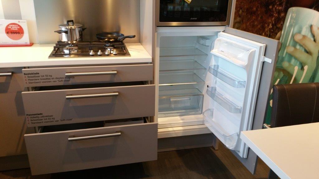 Moderne keuken met schiereiland - De beste hedendaagse keukens ...