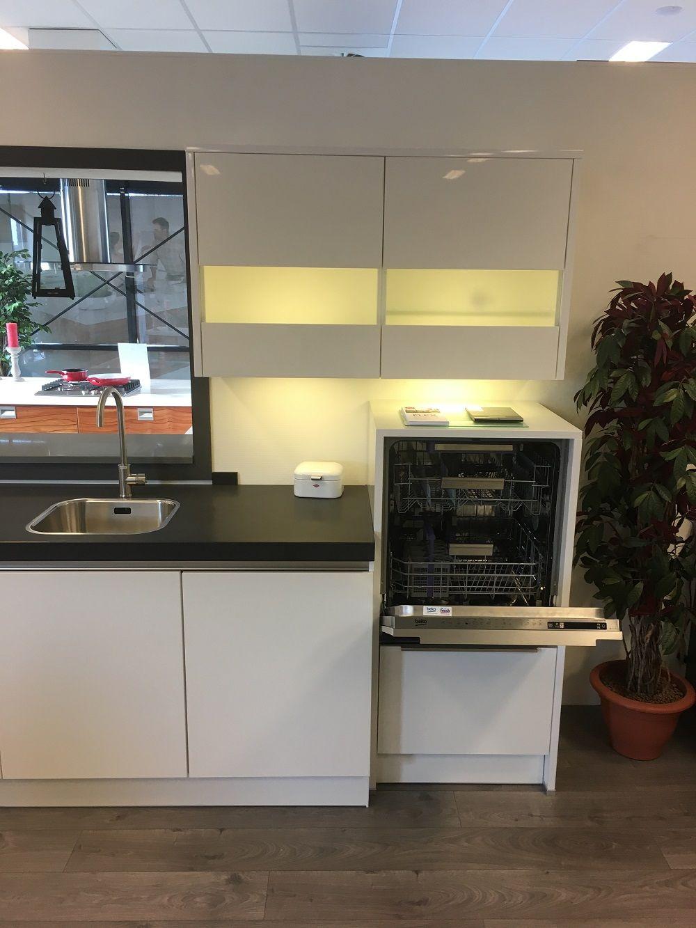 Keukenprijs altijd de beste keukenprijs hoogglans keuken 59050 - De beste hedendaagse keukens ...