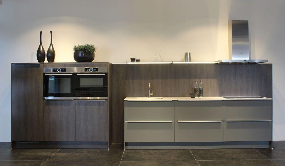Keukenprijs altijd de beste keukenprijs rechte keuken in eiken sepia 50715 - De beste hedendaagse keukens ...