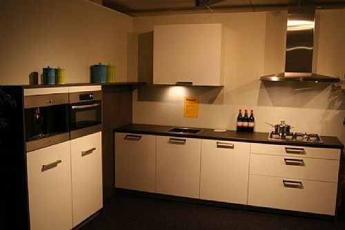 Moderne keuken softglans A96